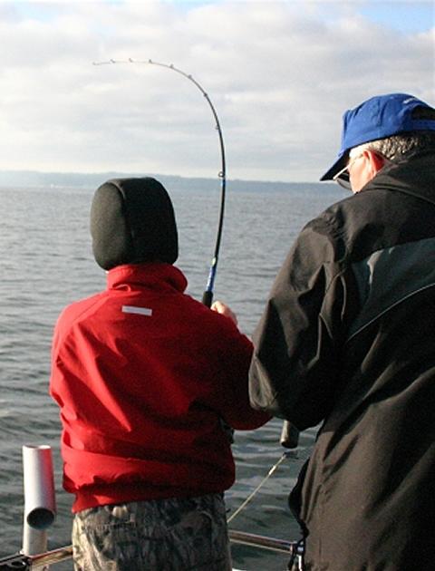 Seattle silver salmon fishing washington silver salmon for Seattle washington fishing charters